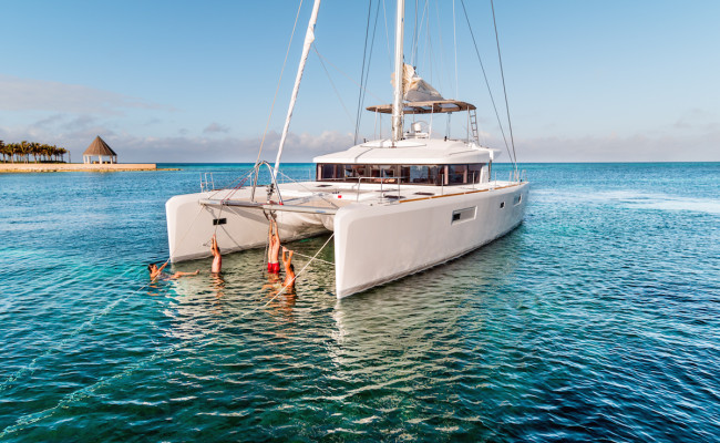 Lagoon South Africa | Lagoon 52 Flybridge